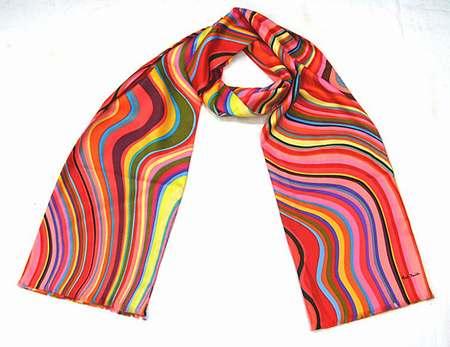 foulard desigual pas cher amazon,femme foulard django unchained,faire  foulard homme 14242e4242e